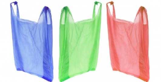 Вот тебе и раз: целлофановые пакеты оказались экологичнее бумажных
