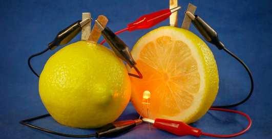 """Как провести эксперимент """"лимонная батарейка"""" дома"""