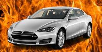 Как тебе такое, Илон Маск? Tesla взорвалась на парковке - эпичное видео