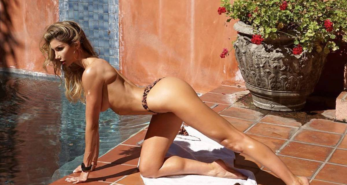 Красотка дня: сексапильная модель Сара Роллинс
