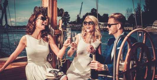 В Англии ищут человека, который будет жить на яхте за 1300 долларов в неделю